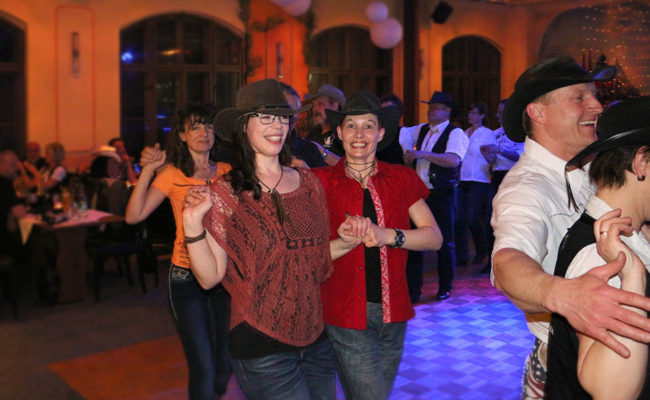 LineDance-Party_der_GLDs_16