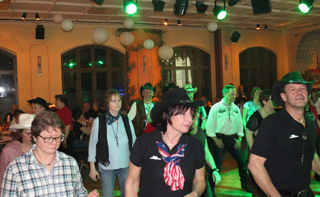 LineDance-Party_der_GLDs_6